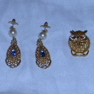 STATEMENT GOLDTONE EARRINGS AND OWL PIN NWOT